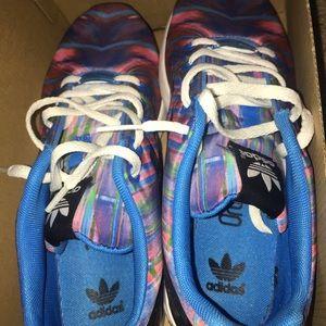 Adidas ZX Flux Size 5 boys Size 7 7.5 women's